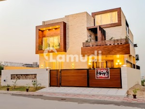 One Kanal Fully Furnished  Brand New Dream Palace Design By Reputed Architect