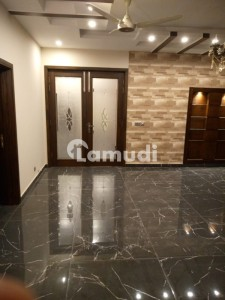 Upper Portion Of 2250  Square Feet In Bahria Town Rawalpindi Is Available