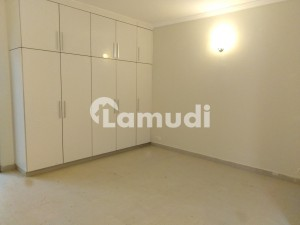 Semi Corner West Open Villa Is Available For Rent