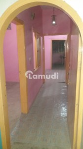 Flat Sized 700  Square Feet Is Available For Rent In Mehmoodabad