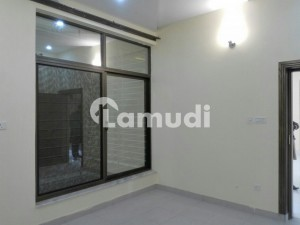 8 Marla House In Central D-12 For Rent