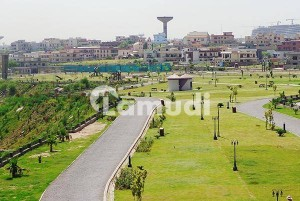 1 Kanal South Face Main Boulevard Outstanding Location Plot Is Available For Sale