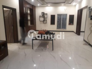 Ten Marla House For Rent In Faisal Town