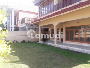 500 Sq Yd Nice Location House For Rent