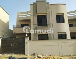 240 Sq Yrds Main 100 Fit Road Bungalows For Sale