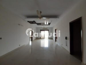 3 Bed Dd Flat 2400 Square Feet Saima Mall And Residency Gulshan E Iqbal 10 A Karachi