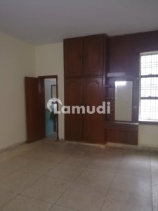 Allama Iqbal Town Upper Portion Sized 1800  Square Feet For Rent