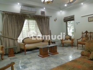 14 Marla Full Furnished House Available For rent