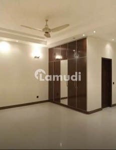 1 Kanal Upper Portion Available For Rent Near Doctors Hospital And Canal Bank Road