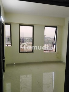3rd portion flate for rent in bahria town 7