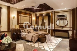 1 Kanal Slightly Used House For Sale At Prime Location In Reasonable Price At Very Hot Location