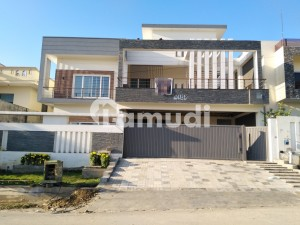 1 Kanal Luxurious Double Storey House For Sale In G-13 Islamabad