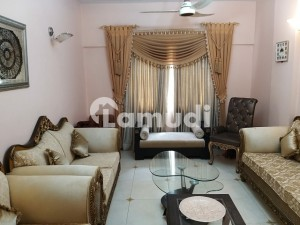 In Gulistan-E-Jauhar 1400  Square Feet Flat For Sale