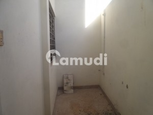 5 Marla Flat In Lalazar For Rent At Good Location