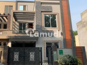 5 Marla Brand New Luxury House For Sale In Aa Block