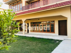 Beautiful 4Bed House For Rent F10