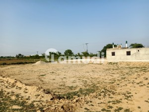 Residential Plot Of 8 Marla In Gujrat - Fatehpur Road For Sale