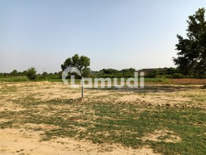 Gujrat - Fatehpur Road Residential Plot For Sale Sized 5 Marla