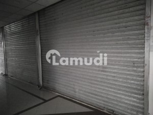Gulberg 220 Square Feet Shop Up For Sale