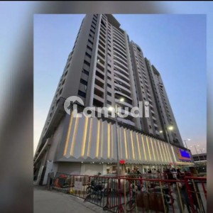 In Rashid Minhas Road Flat Sized 1250 Square Feet For Sale