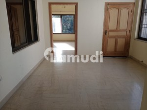 3 Beds Upper Portion For Rent In F6
