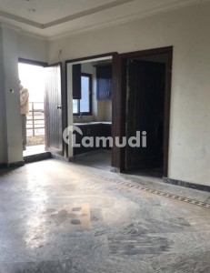 Bhara Kahu. 2 Bed Flat For Rent