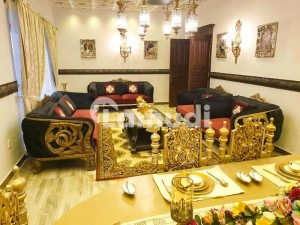 Luxurious 1 Kanal Fully Furnished House For Sale