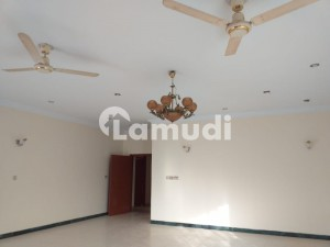 Defence Phase 5 Bungalow For Rent 500 Sq Yards Prime Location