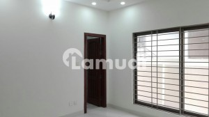 In Bahria Town Rawalpindi House Sized 10 Marla For Rent