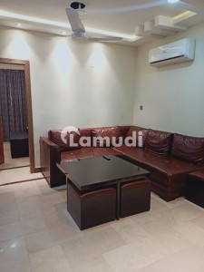 ONE BED STYLISH LUXURY APARTMENT FOR RENT IN BAHRIA TOWN LAHORE