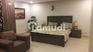 2 BED FURNISHED FLAT AVAIALABLE