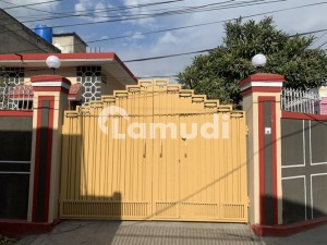 2250  Square Feet House In Neelum Road For Sale