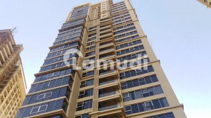 In DHA Defence 2800 Square Feet Flat For Rent