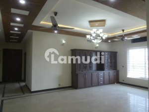 7 Marla Lower Portion In Stunning Satellite Town Is Available For Rent
