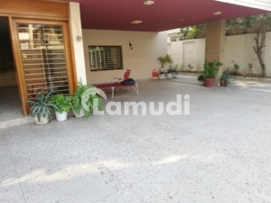Independent Luxurious Bungalow For Rent At North Nazimabad