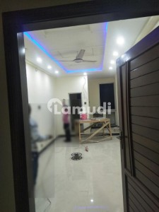 300  Square Feet Flat In G-10 For Rent