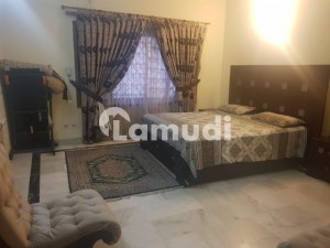 F81 8 Bed House For Sale On Prime Location