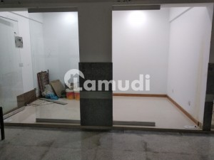 Perfect 160  Square Feet Shop In Nazimabad For Rent