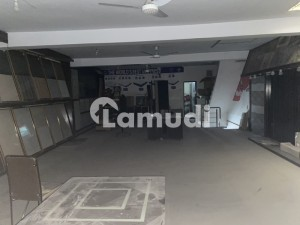 5 Marla Commercial Showroom Double Storey Available For Rent
