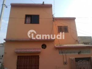 Stunning 1080  Square Feet House In Korangi Available