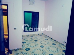 Bachelor Flat For Rent At Madina Colony