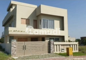 10 Marla House In Bahria Town Phase 8 E Block