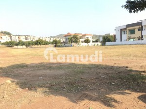 15 Marla Extra Land Paid 1 Kanal Plot For Sale