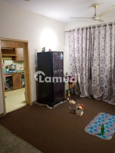 G-11/3 Fgeha Ctype 2nd Floor Flat For Sale Best Location