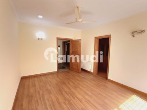 F 8 Triple Storey House With Basement 7 Bedrooms 2 Kitchens