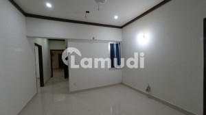 1750 Square Feet Flat Is Available For Sale
