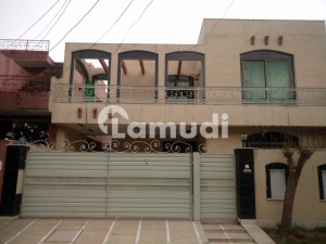 10 Marla House In Stunning Punjab Coop Housing Society Is Available For Rent