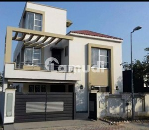 10 Marla Independent 6 Bed House Available For Rent In Gulraiz