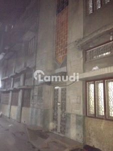 1125 Square Feet House Ideally Situated In Model Town
