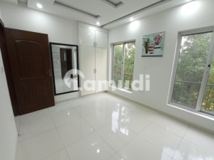 1 Bed Luxury Apartment Is Available For Sale In Bahria Town Lahore